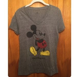 DISNEY Mickey Mouse graphic t-shirt size M